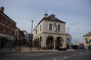 dursley-town-hall-1_cropped